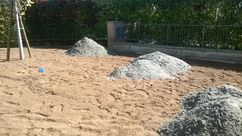 Preparazione terreno per semina